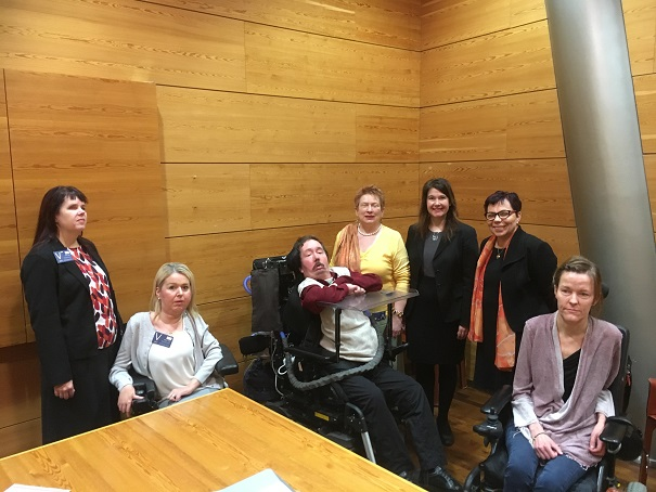 vammaispolitiikkaa